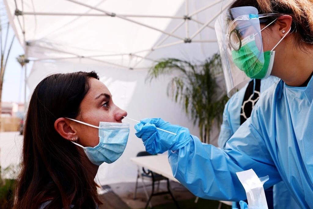 打完新冠疫苗仍被感染,究竟咋回事?